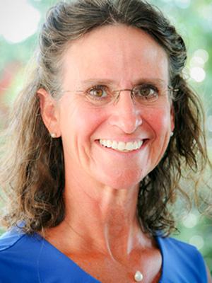 Dr Tana Busch
