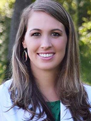 Dr Laura Schott